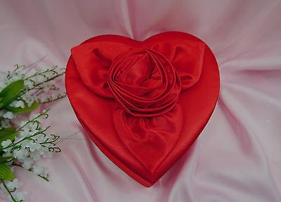 Herzschachtel Geschenkschachtel Herz groß Satin rot Hochzeit Valentinstag