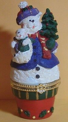 VINTAGE SNOW BEAR HINGED TRINKET BOX HOLDING TEDDY AND CHRISTMAS TREE