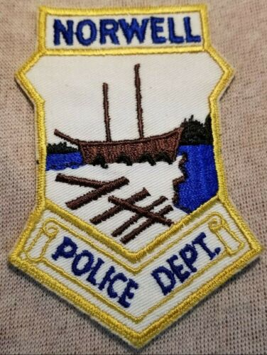 MA Norwell Massachusetts Police Patch