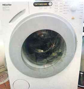 Miele NOVOTRONIC 1611 front loading washing machine 6.5 kg Liverpool Liverpool Area Preview