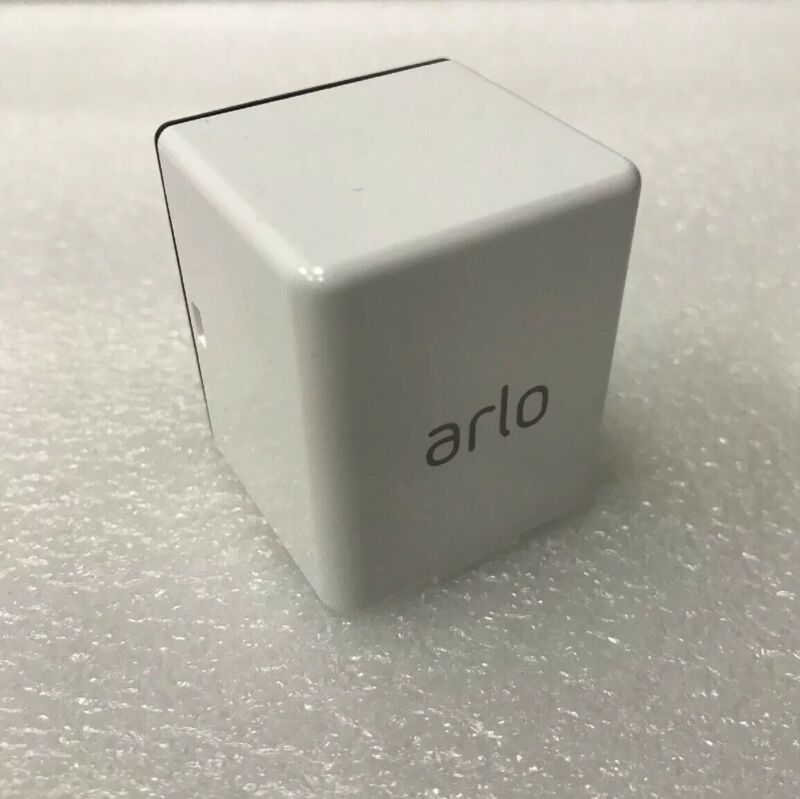Arlo Pro A-1B 2440mAh Rechargeable Battery Lithium Ion battery 308-10046-01