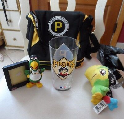 gift lot of 4 -Pittsburgh Pirates picture frame, plush parrot, glass, lunch bag ()