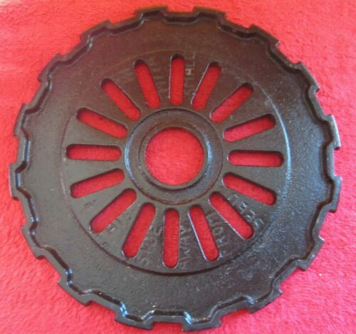 VINTAGE IH INTERNATIONAL CAST IRON 1977A SEED PLANTER PLATES RINGS PAINTED BLACK