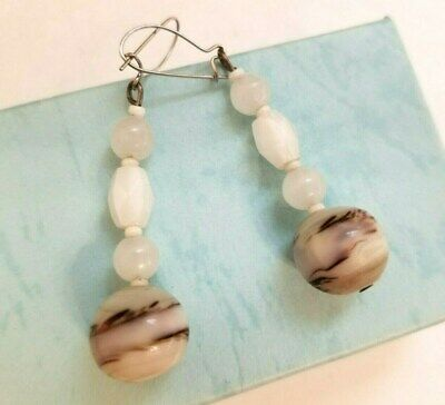 Venetian White w Brown Accents Dangle Drop Earrings Pierced Closure Silver tone  ()