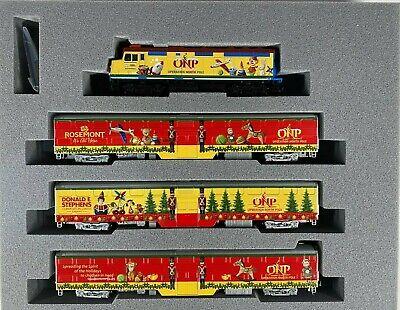 N Scale - Kato 106-2015 2015 Operation North Pole Christmas Train Set N4196