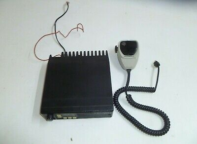Motorola Radius Uhf Two Way Radio With Microphone D44lra7p29ak Ya446