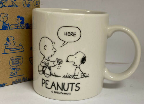 SNOOPY & CHARLIE BROWN CLOTHING LINE ADVERTISING CUP - JAPAN