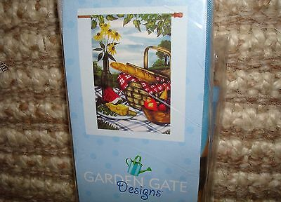 """""""Pic-Nic In The Park"""" Garden Flag, 25""""x38""""/NEW"""
