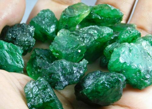 101.00CT.+ Natural Translucent Colombian Emerald Mineral Rough 1ps
