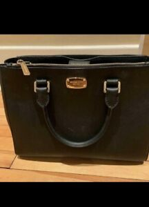 1b2c01e778b4 Michael Kors | Kijiji in Kingston. - Buy, Sell & Save with Canada's ...