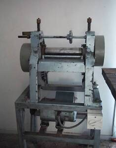 Electric leather splitter, splitting machine Wodonga Wodonga Area Preview