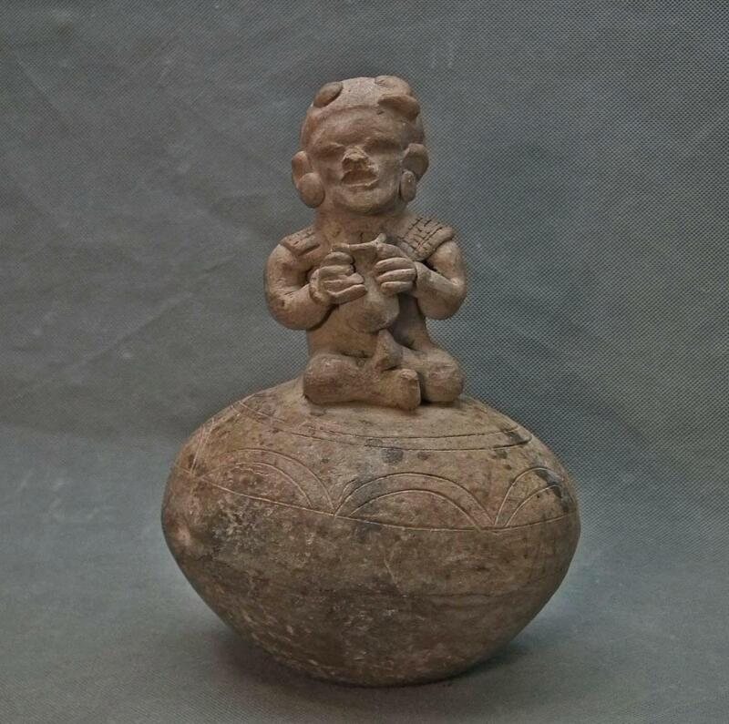 Ancient Pre-Columbian Pottery Religious Shaman Ritual Musical Instrument Rattle
