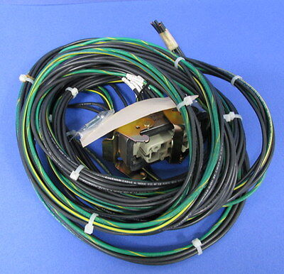 Amphenol-tuchel D40-e16a W Coleman Cable And Wire Company 12 Awg 600v Pzb