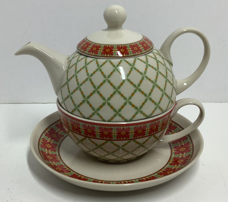 VINTAGE TEA POT HARRY AND DAVID TEA FOR ONE WITH SAUCER  2005