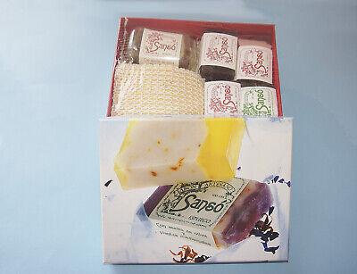 Caja grande de jabones artesanos y aromáticos para regalo