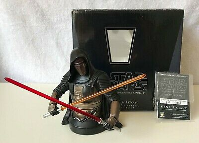 Star Wars Darth Revan Bust Gentle Giant not Sideshow Statue