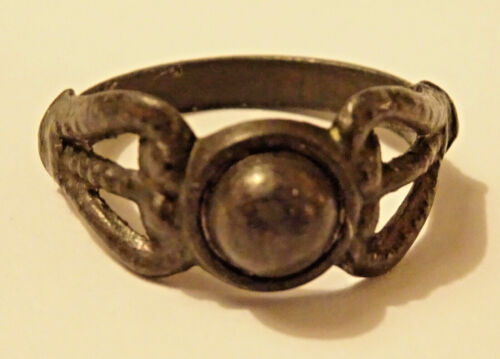 Antique Ring size 3
