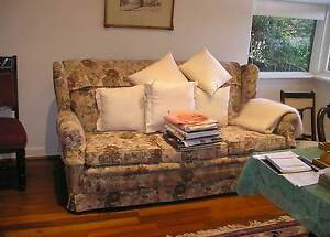 3 seater couch and  2 occaisonal chairs Shoalwater Rockingham Area Preview