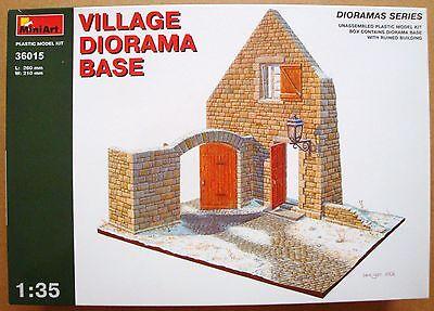 MINIART #36015 Village Diorama Base in 1:35