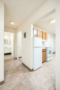 *INCENTIVES* Bachelor Suite Near Northgate Mall-193