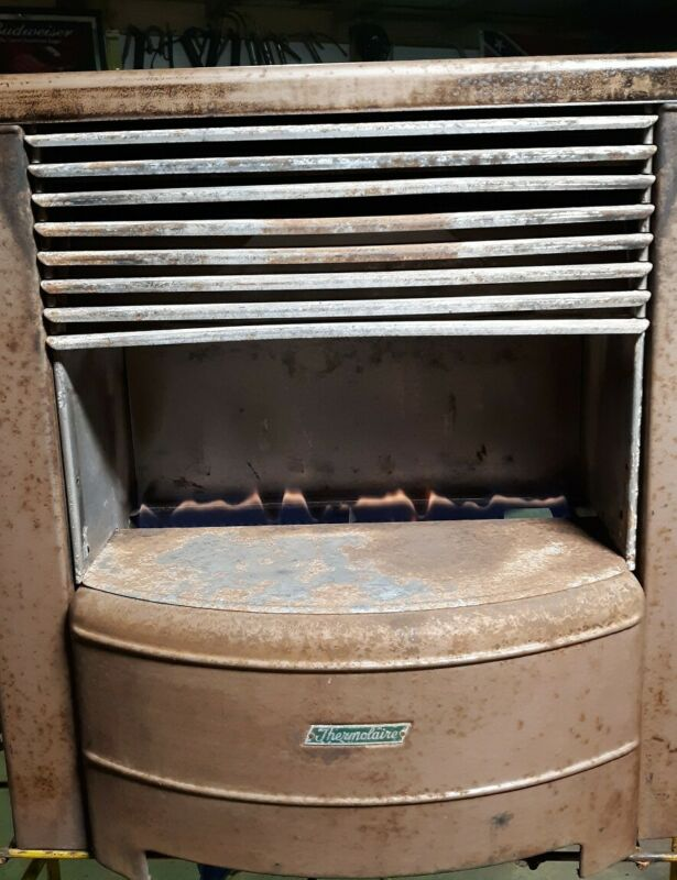 VINTAGE THERMOLAIRE 40,000  BTU GAS HEATER STOVE WITH 7 GRATES