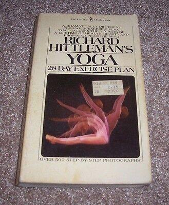 1980 YOGA 28 Day Exercise Plan Richard Hittleman 500 Step by Step Photographs