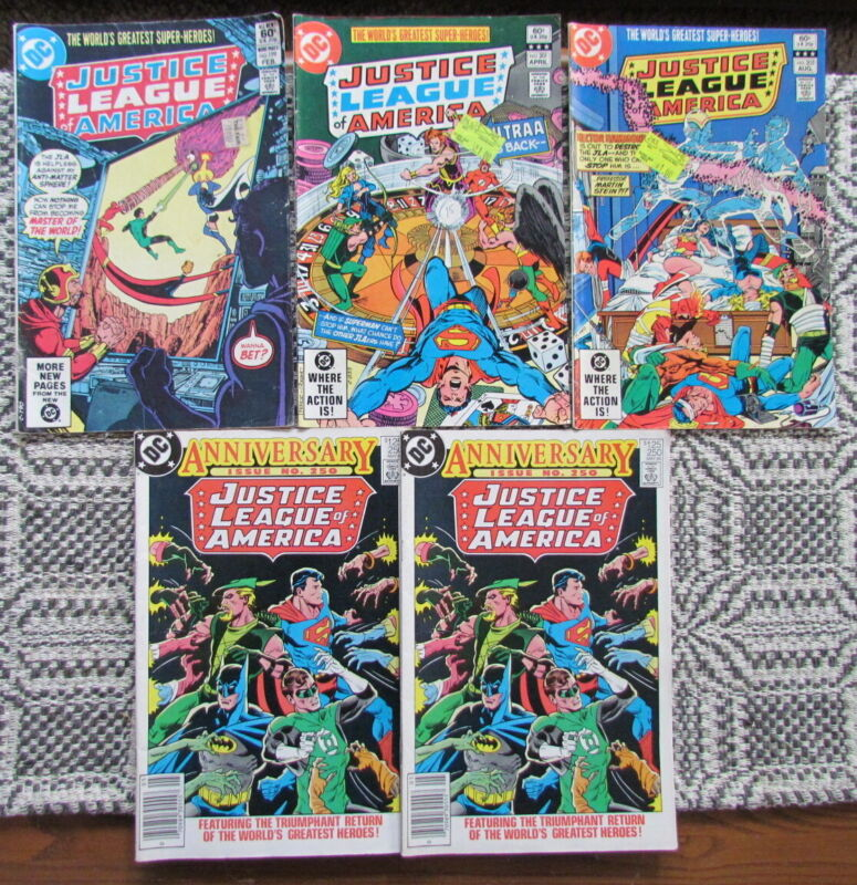 Lot of 5 Justice League of America DC comics