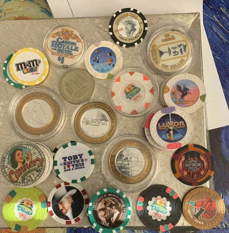 Lot Of Old And Current Las Vegas Casino Chips, 46 Chips