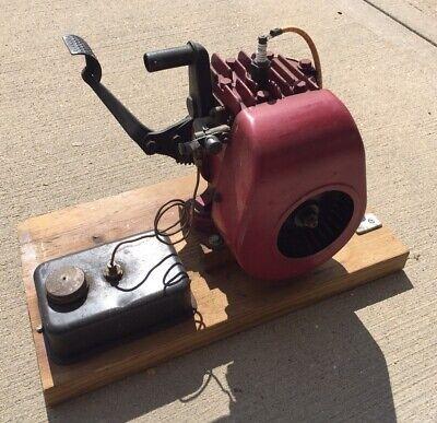 Vintage Kick Start Briggs Wmb Gas Engine Motor Runs Great Go Kart Will Ship