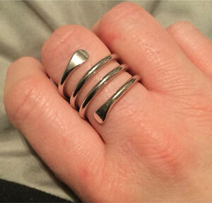 Cool ring that wraps around your finger