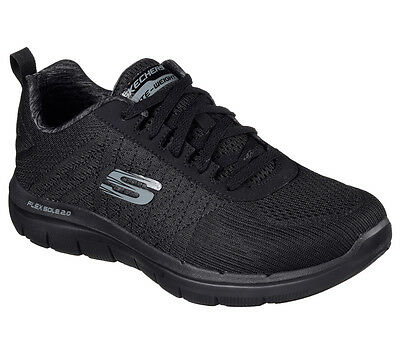 52185 W Black Wide Fit Skechers shoes Men