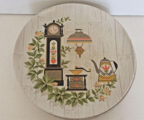 vintage dinnerware plates plastic 6 piece set retro country farmhouse design