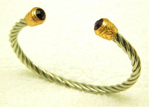 CABLE BRACELET WITH PURPLE RHINESTONE TIPS