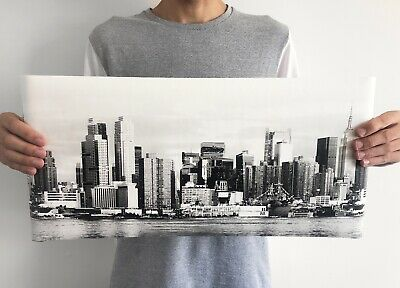 New York City Skyline Black and White Wallpaper Border -  10.25