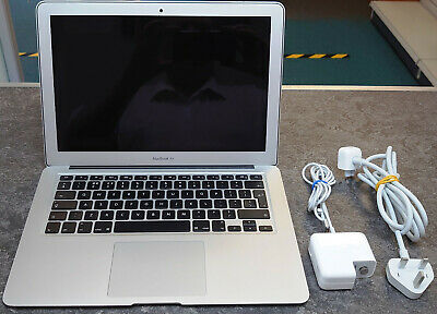 "Apple MacBook Air A1466 13.3"" (Intel Core i5 5th Gen, 1.60 GHz, 128 GB) - Silver"