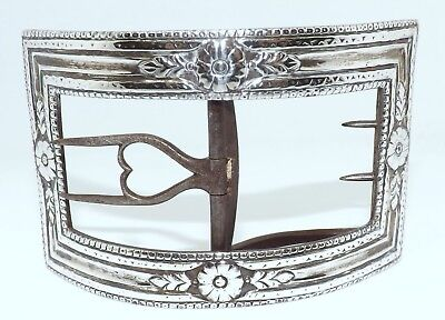 Antique White Metal Buckle With Flower Head & Reeded Border, Very Pretty