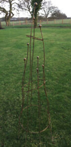 Large Natural Rust Sculptural Obelisk - Climbing Rose Plant Garden Metal Support