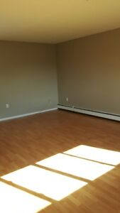Caledonia and Westwood: 67 Caledonia Rd, 2BR