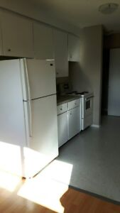 Caledonia and Westwood: 67 Caledonia Rd, 1BR
