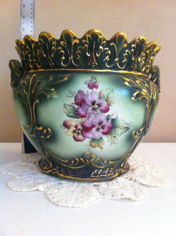 Victorian Urn by Haynes Balts