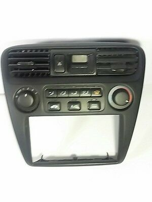 NEW! 2000-02 Honda Accord A/C. Heat Climate Control assembly w/Clock & Bezel