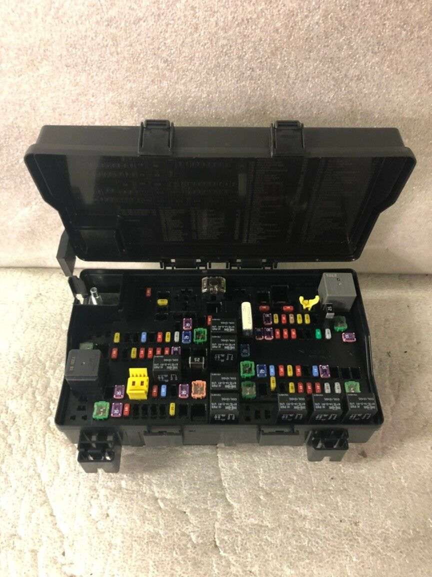 Used 2014 Dodge Challenger Computers And Cruise Control Parts For Sale Fuse Box Power Distribution Center 68322373ab