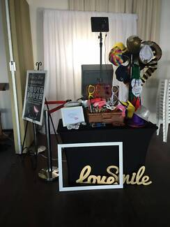 PHOTO BOOTH FROM $595