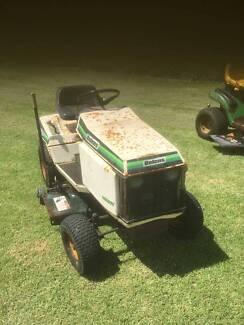 Bowlens Ride on mower