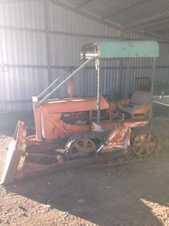 Fiat 351c (?) Dozer Crawler Tractor  Kalbar Ipswich South Preview