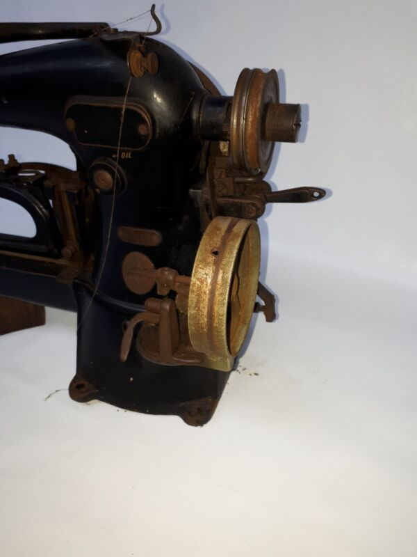 Rare 1929 Singer sewing machine 69-22 for Identification tags Blucher Shoes
