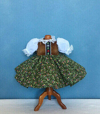 """TAGGED Madame Alexander BROWN FLORAL PRINT DRESS ~ For 8"""" Dolls ~ Mint Condition"""
