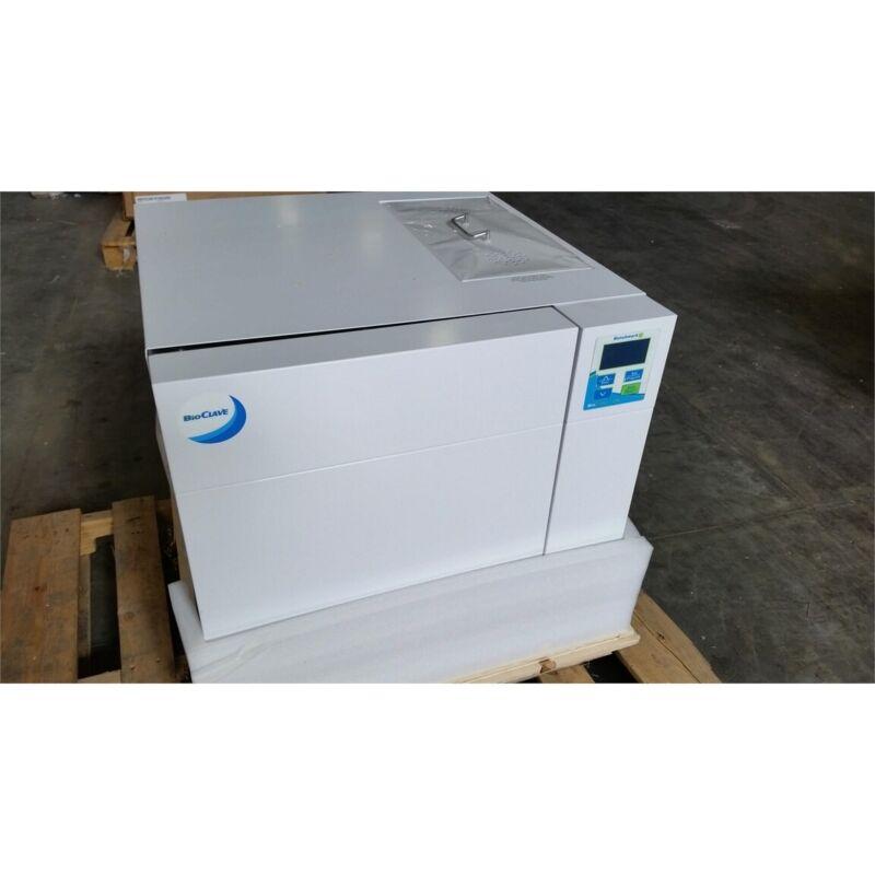 Benchmark Scientific B4000-28 BioClave 28L Autoclave 2300W 115V 30.5psi Max **