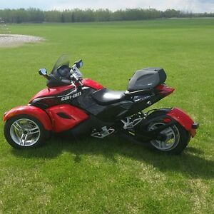 For Sale       Can -Am  Spyder