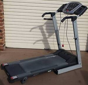 treadmill Healthstream Evo in excellent condition -barely used Belmont Lake Macquarie Area Preview